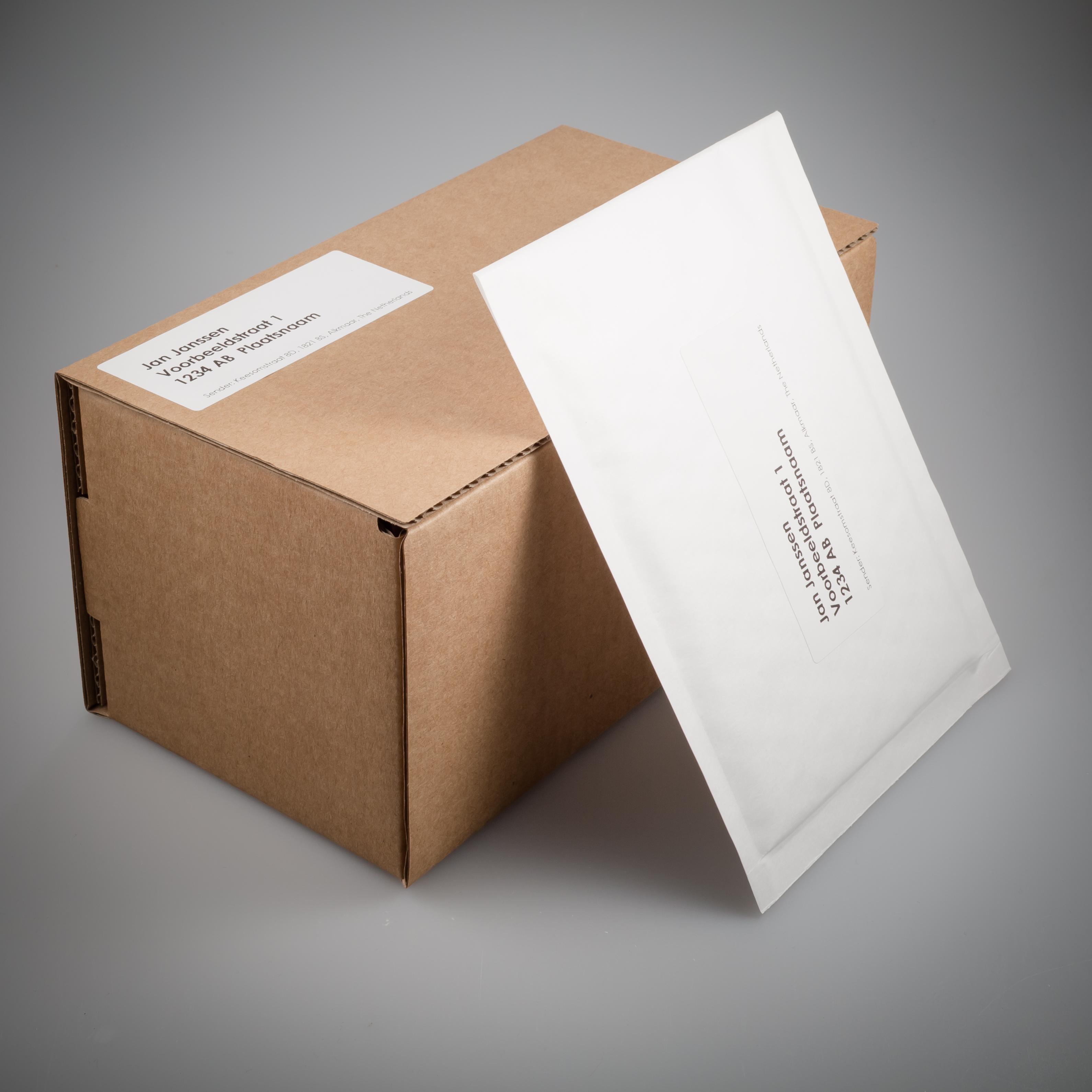 Voorbeeld discrete verpakking All Over Piercings